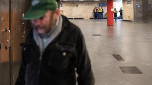 Budapesten elvitték az első hajléktalant