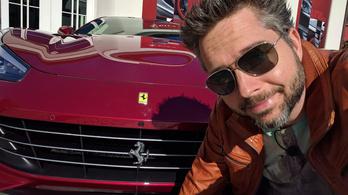 Hagyd ezt a napot már a fenébe, ülj inkább mellém egy Ferrariba
