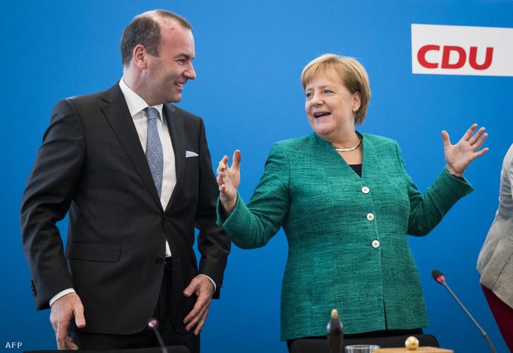 Manfred Weber és Angela Merkel