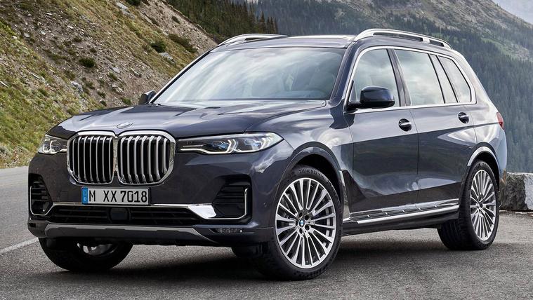 Bemutatkozik a BMW új giga-terepjárója