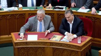A játékgépek betiltása és a CEU-törvény sem volt ennyire sürgős a Fidesznek