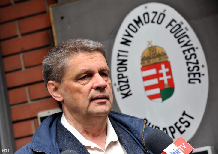Szikinger István ügyvéd