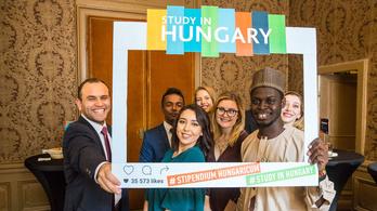 Többet költ az állam a külföldi diákok támogatására, mint a magyarokra
