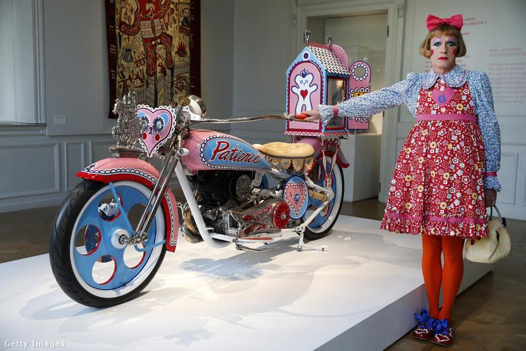 Ennek a 2010-es alkotásnak az a címe, hogy Kenilworth AM1, és amint ön is látja, egy átalakított motorkerékpárról van szó