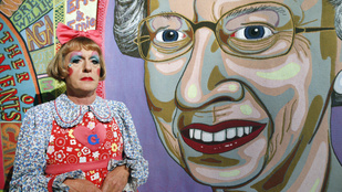 A nap képe: a legextrémebb külsejű brit művész megfestette a királynőt