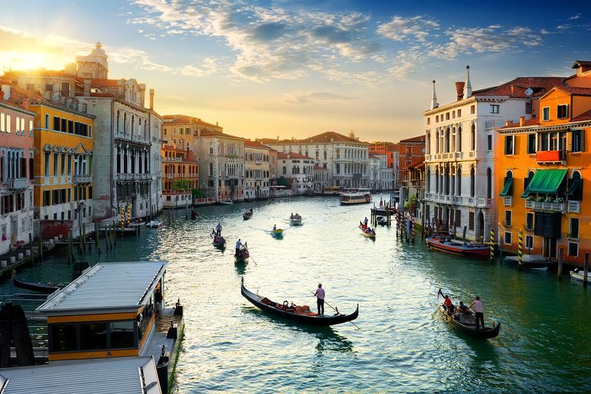 Ha ez így megy tovább, Velence elsüllyed: vészesen emelkedik a tengerszint