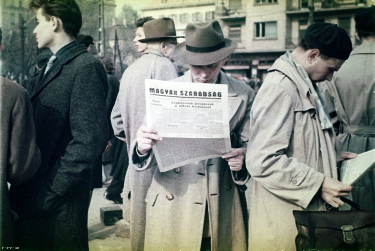 Magyar Szabadság ismeretlen helyszínen, az időpontot azonban kikövetkeztethetjük. Gimes Miklósék a Szabad Nép elárvult szerkesztőségében nyomtatták ki először október 30-án a függetlenségpárti lapot, mely összesen három számot élt meg. A címlap alapján ez a november elsejei szám lehet.