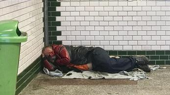 Máris megtorpedózták a hajléktalantörvényt