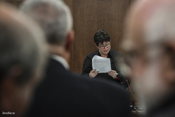Ítélethirdetés a Buda-Cash botrány ügyében a Fővárosi Törvényszéken 2018. október 19-én