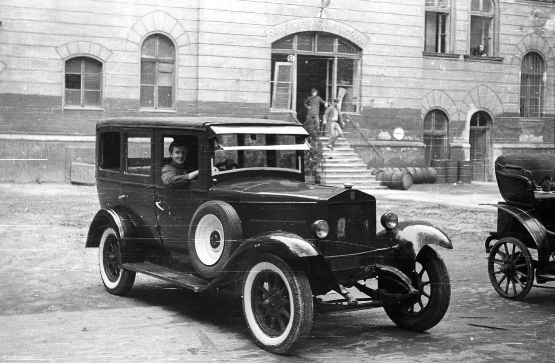 Egy 1928-as Magosix 1969-ben, már mint oktatási anyag.