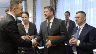 Élet-halál ura volt, most a vádlottak padja fenyegeti a Fidesz nagy fehér főnökét