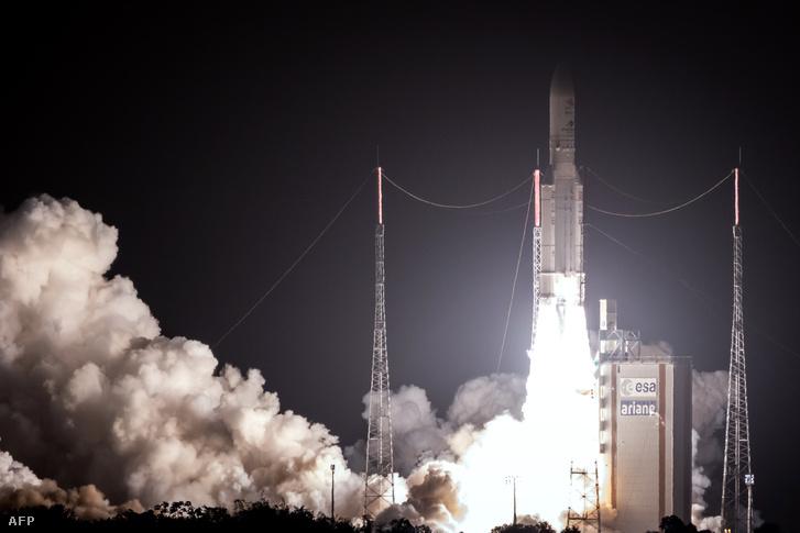 A szondát szállító Ariane 5 típusú, európai gyártmányú hordozórakéta kilövése, a Francia Guyanában található kourou-i űrközpontból 2018. október 19-én