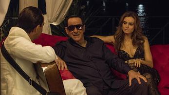 Berlusconi szájszaga rosszabb, mint a hajfestése