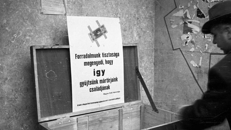 Őrizetlen pénz: az 56-os forradalom művészi akciója