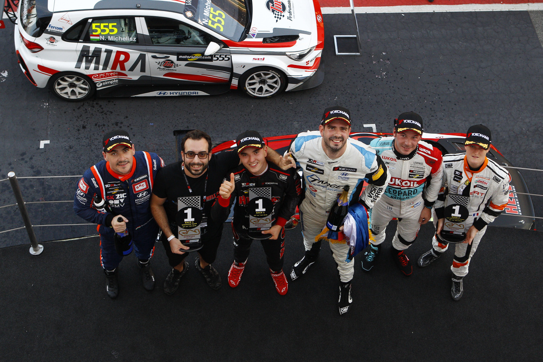 Podio race1 7