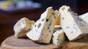 Egy kis penész miatt is ki kell dobni a sajtot?
