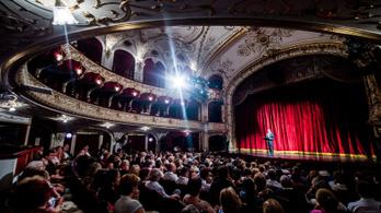 Megszüntetheti a kormány az előadóművészetek taóját