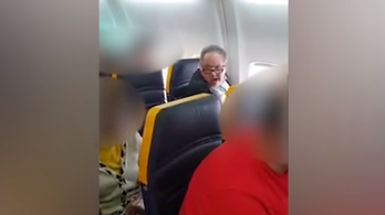 Rasszista utas miatt áll a bál a Ryanair körül