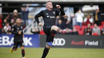 Wayne Rooney berángatta Stieberéket a rájátszásba