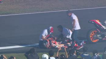 Márquez úgy ünnepelte 5. vb-címét, hogy kiugrott a válla