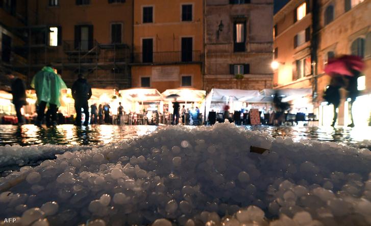 Jég borította a várost