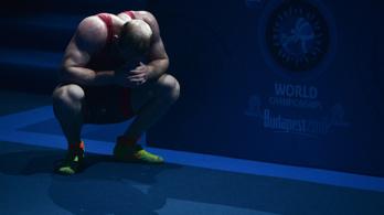 Kikapott Olejnik a birkózó-vb elődöntőjében, bronzért küzdhet kedden