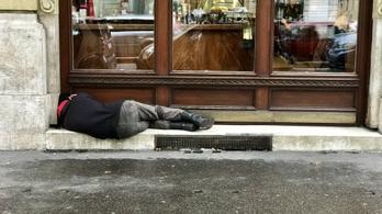 Bírók is aláírták a hajléktalanok büntetése elleni petíciót