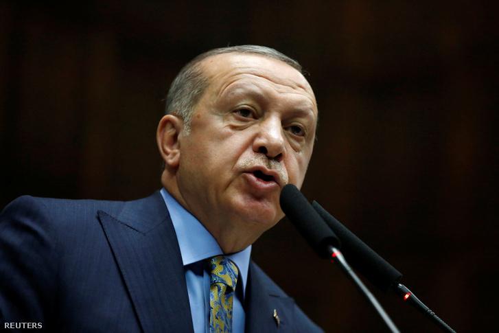 Recep Tayyip Erdogan török elnök tájékoztatót tart a török parlamentben 2018. október 23-án
