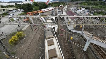 A mozdonyvezető hibája okozhatta a tajvani vonatszerencsétlenséget