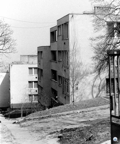 Lóránt utca negyven éve