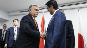 Orbán miatt diplomáciai fiaskóval ért véget a V4–Japán miniszterelnöki találkozó