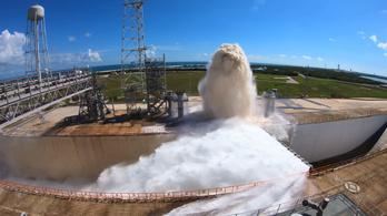 Egy perc alatt kiönt 1 700 000 liter vizet a NASA