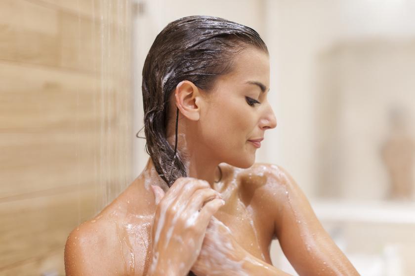 zuhany-hajmosás