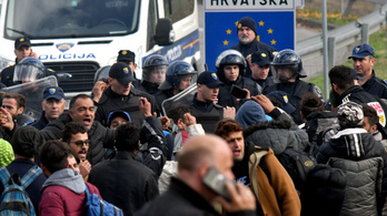 Menekültek próbáltak áttörni a horvát–bosnyák határon