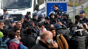 Több száz menekült próbált áttörni a horvát-bosnyák határon