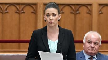 Demeter Mártát elnémították, amikor Orbán átvilágítását hozta fel