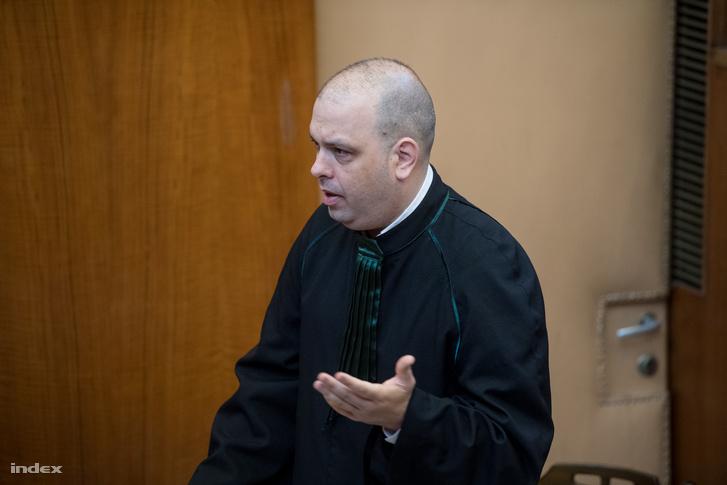 Elsőrendű vádlott, L. Csaba ügyvédje