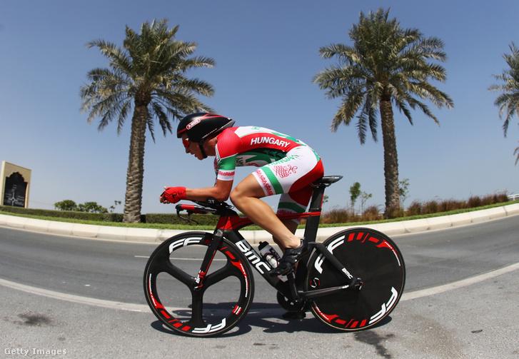 Peák Barnabás az UCI viágbajnokságon Katarban 2016. október 11-én