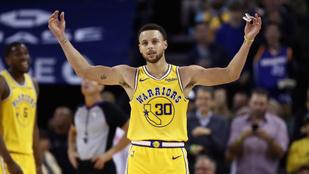 Mint egy videójátékban: Curry 51 pont, 11 tripla