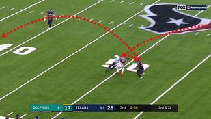 Flipperezés hozta össze a bizarr NFL-elkapást