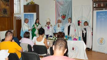 Angyalszektás rituáléval készítették fel a gyerekeket a polgárőrök