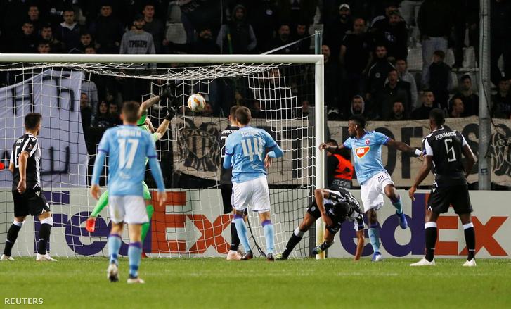 Stopira megszerzi a Vidi FC második gólját PAOK ellen, 2018. október 25-én, Thesszaloniki, Görögország