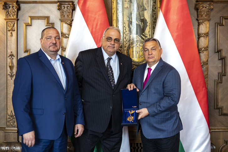 Orbán Viktor miniszterelnök (j) az Országházban fogadta Nenad Lalovicsot, a Nemzetközi Birkózó Szövetség (UWW) elnökét (k) 2018. október 26-án.