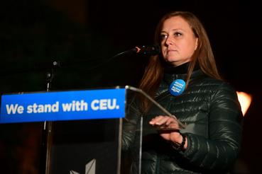 Jeney Orsolya, az Amnesty International volt igazgatója, a CEU volt hallgatója