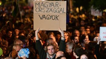 Élőben jelentkeztünk a Momentum CEU melletti tüntetéséről