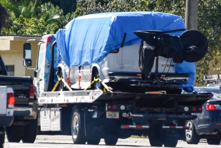 A furgont, amiben a gyanúsított élt, az FBI lefoglalta