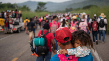 Mexikó menedékjogot adna a migránskaraván tagjainak