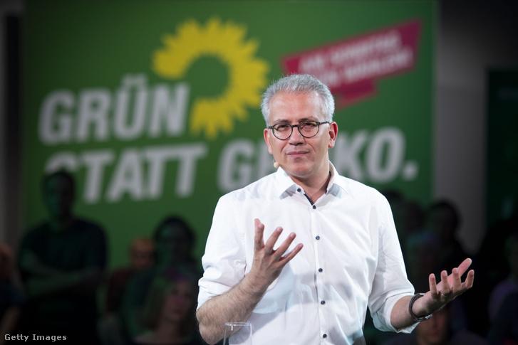 Tarek Al-Wazir az október 25-i választási gyűlésen (Frankfurt am Main)