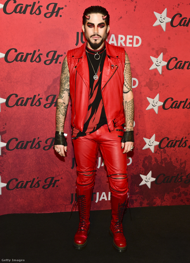 És Adam Lambert rocksztárral búcsúzunk, hogy legyen még egy ördög ebben az összeállításban a végére is