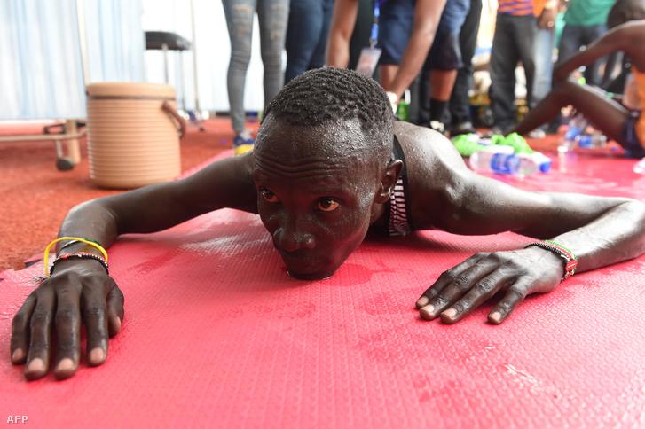 Kiptum a 2017-es lagosi maratongyőzelme után